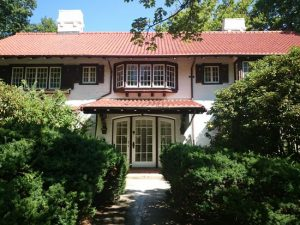 North Andover Colonial Revival Gets Upgraded Ductless Heating and Cooling