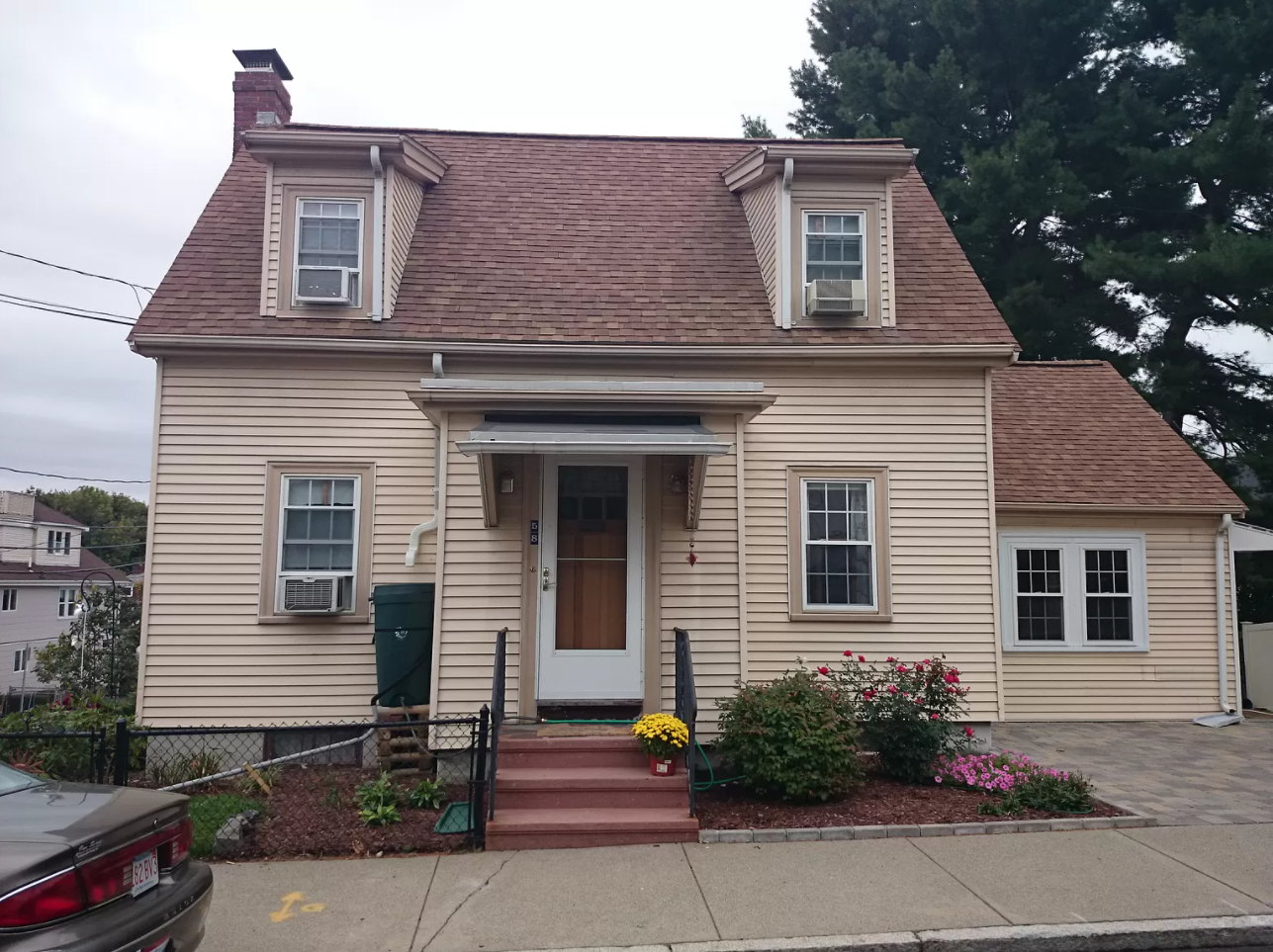 Home in Brighton, MA, get supplemental heating and air conditioning with ductless AC.