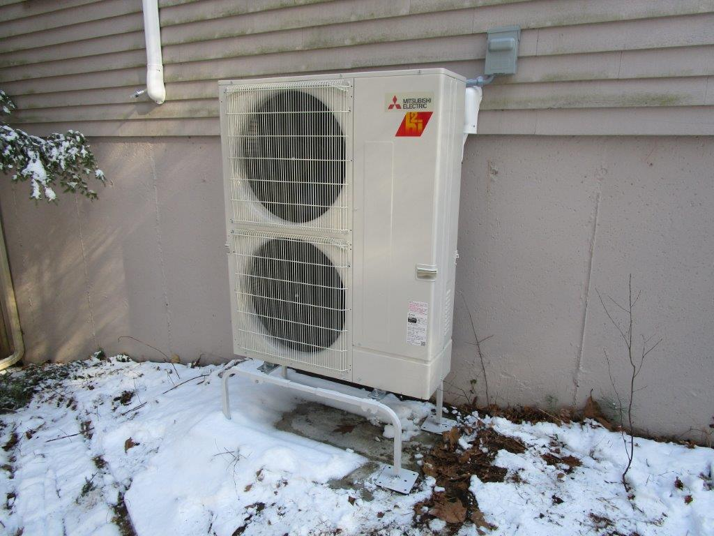 Outdoor installation for ductless five zoned system.