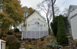 This colonial home in the Historic Olmsted District upgrades to a Mitsubishi ductless AC system.